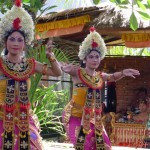 Experiencing Barong Dance