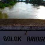 Crossing the Malaysian-Thai Border via Sungai Golok